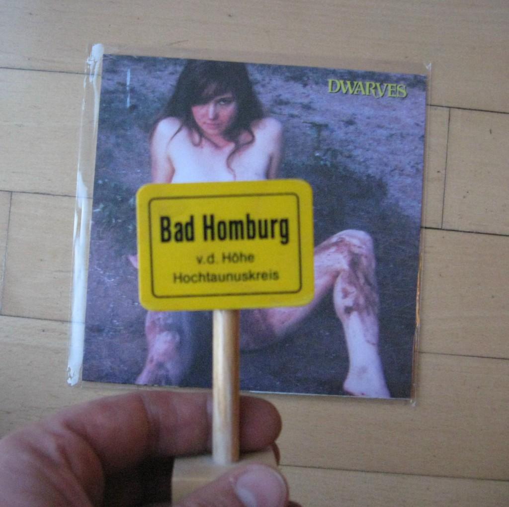 """Viele verfluchen jetzt schätzungsweise das """"Bad Homburg""""-Schild im Bildvordergrund"""