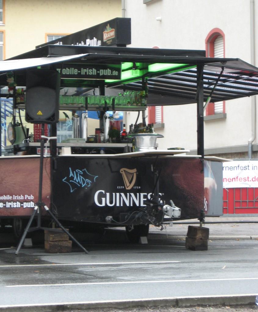 mobile irish pub