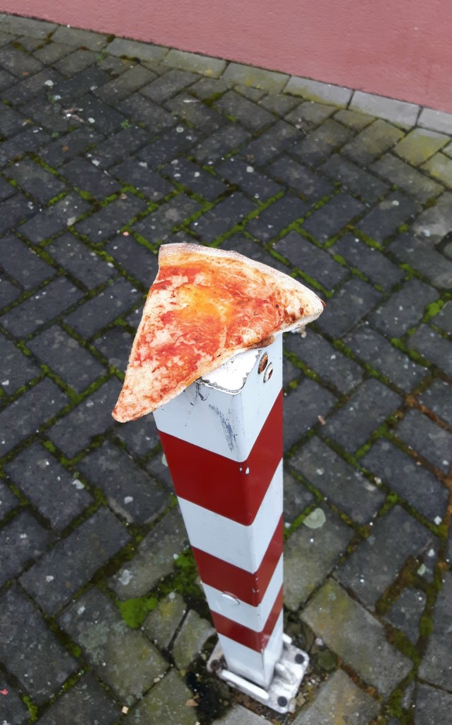 alte pizza gesehen heute in bad homburg kirdorf